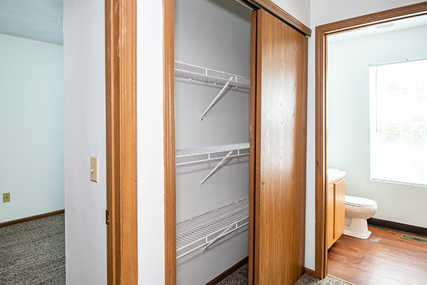 chelsea village apartments laundry closet