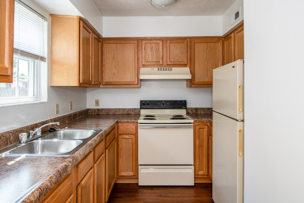 chelsea village apartments kitchen